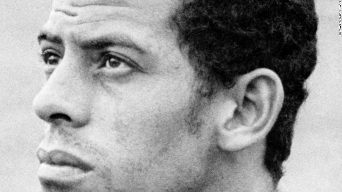 Carlos Alberto Torres, captain of Brazil's 1970 World Cup-winning side, has died aged 72.