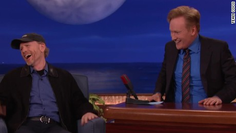 conan tom hanks ron howard impression _00023015