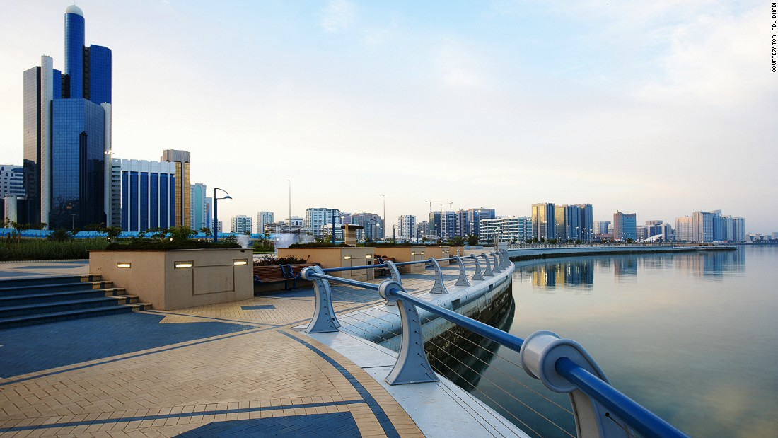 Abu Dhabi's eight kilometer waterfront is a popular destination for locals who come for its many play areas, cycle paths, cafes and restaurants.