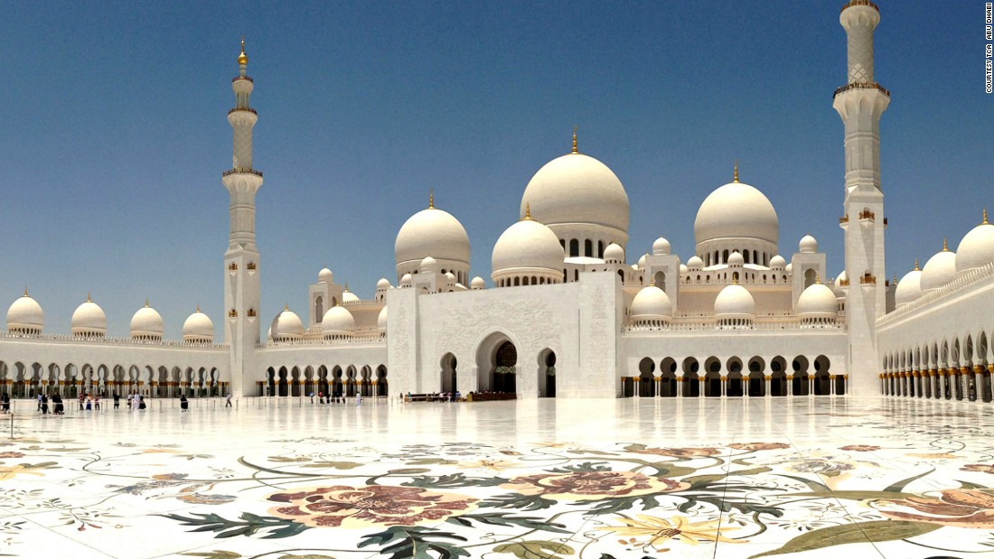 "One of the world's largest mosques, the <a href=""http://www.szgmc.ae/en/about-szgmc"" target=""_blank"">Sheikh Zayed Grand Mosque</a> can accommodate 40,000 worshipers at the same time. The structure has more than 1,000 columns and 82 domes."