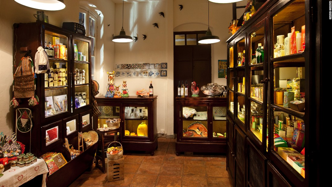 Mercearia Portuguesa sells retro soaps in art deco wrappers, wooden mascots of Barcelos roosters and sardines and homemade fig jams from the Azores.