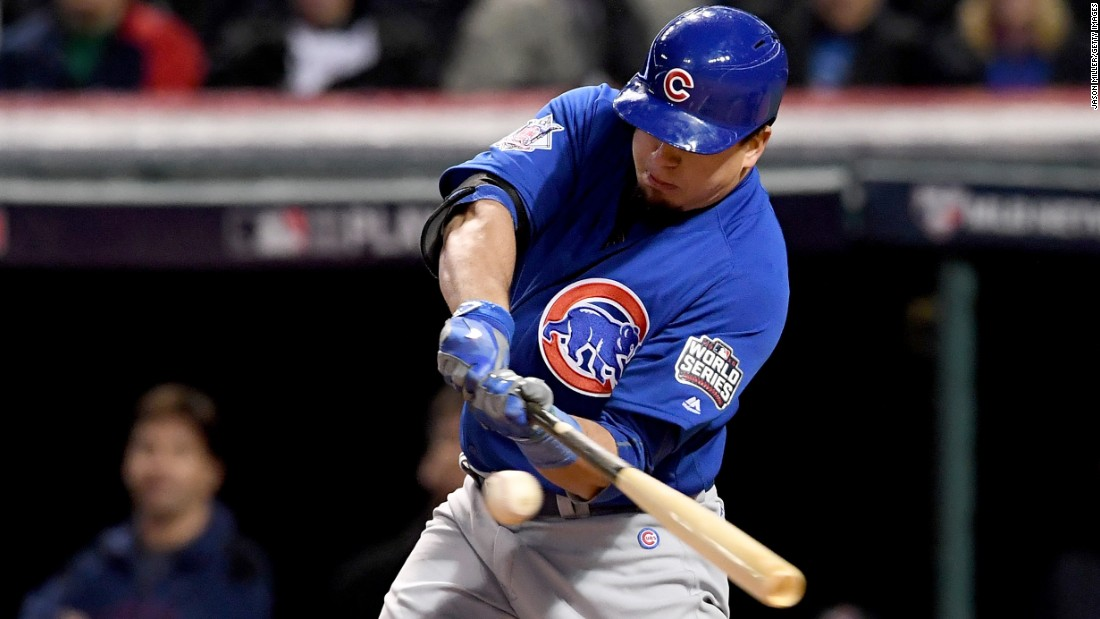 Kyle Schwarber of the Cubs hits an RBI single during the third inning in Game 2.