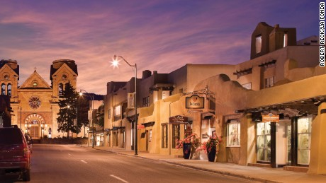 Best Historic Hotel (76-200 Guestrooms): La Fonda on the Plaza (1922) Santa Fe, New Mexico