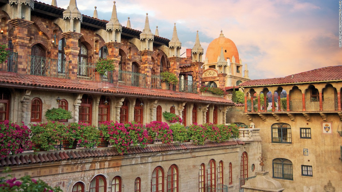 Mission Inn Hotel & Spa (1876), which is located in Riverside, California won for best historic hotel in the 201-400 guestrooms category.