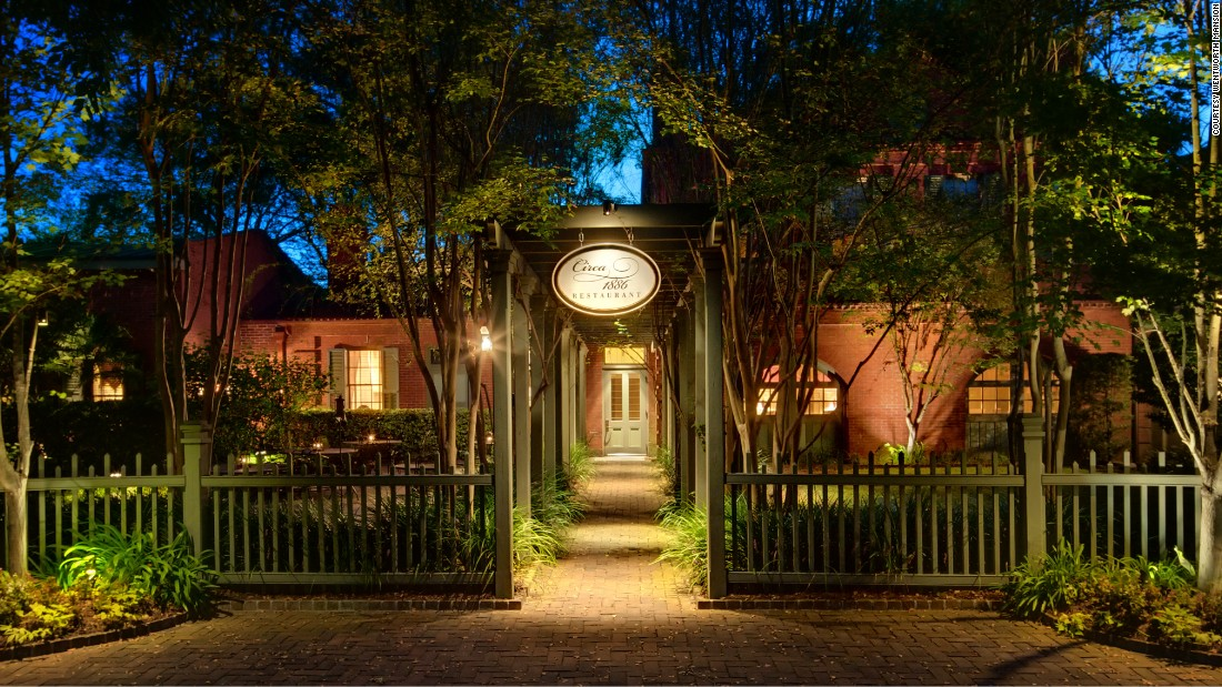 The award for best historic restaurant in conjunction with a historic hotel went to Circa 1886 at Wentworth Mansion (1886) in Charleston, South Carolina.