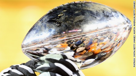 SANTA CLARA, CA - FEBRUARY 07:  The Vince Lombardi Trophy is seen during Super Bowl 50 at Levi's Stadium on February 7, 2016 in Santa Clara, California.  (Photo by Patrick Smith/Getty Images)
