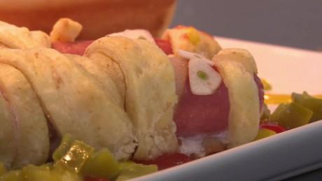 cnnee pkg digital receta de halloween chef fares kassis kuri_00012819