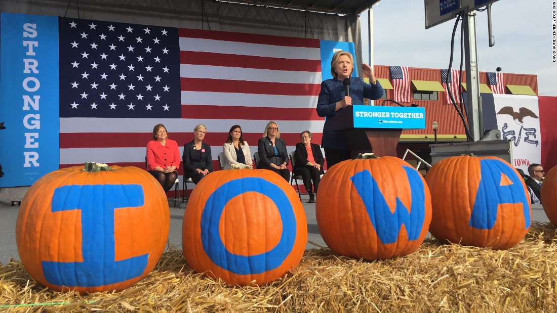 Clinton speaks in Cedar Rapids on October 28.