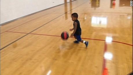 cnnee rec niño prodigio en el basquetball _00001609