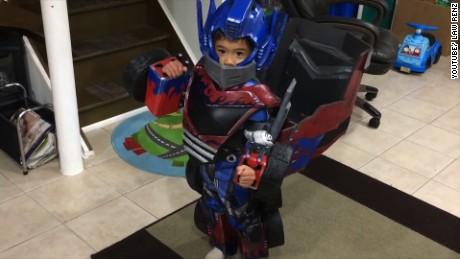 cnnee vo rec el mejor disfraz de halloween transformer_00002112