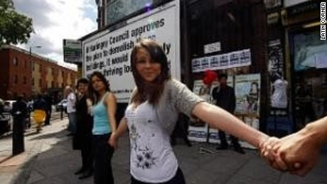 The human chain in 2008.