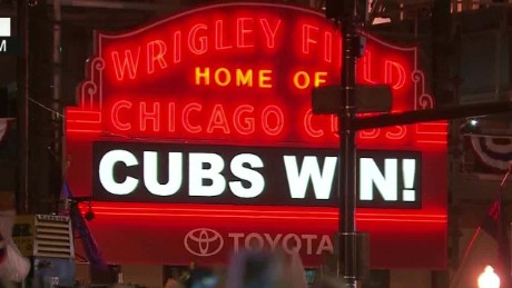 cubs win during young liveshot_00005529