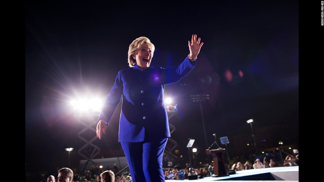 Clinton waves in Phoenix on November 2.