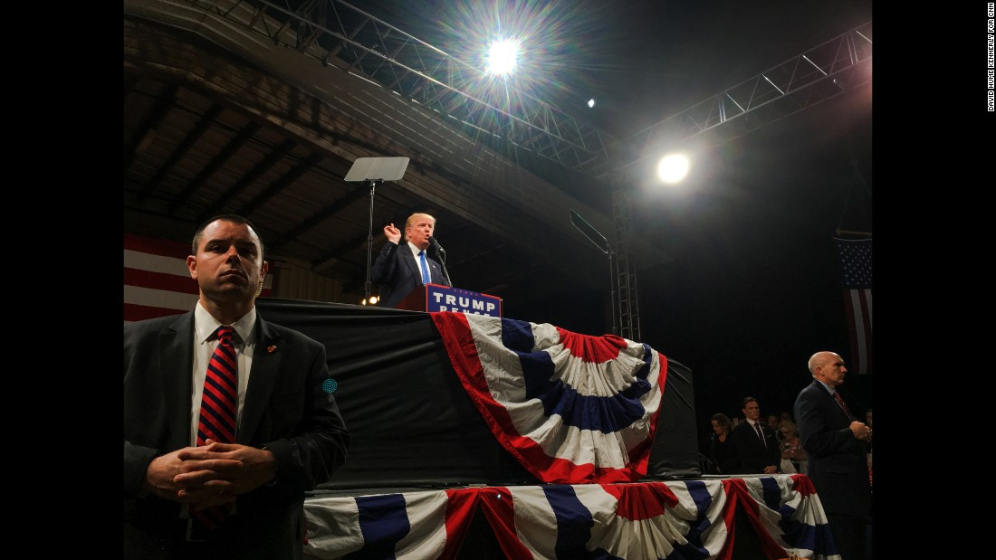 Trump holds a rally in Selma, North Carolina, on November 3.