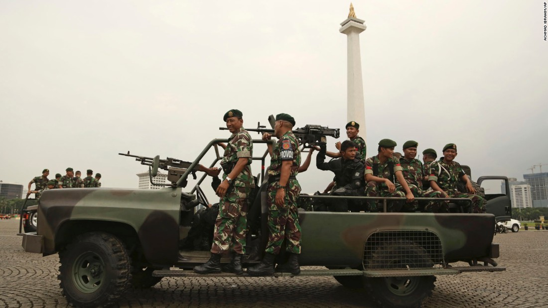 Indonesian soldiers on patrol at Monas, the national monument, on Thursday, November 3, ahead of planned protests on Friday.