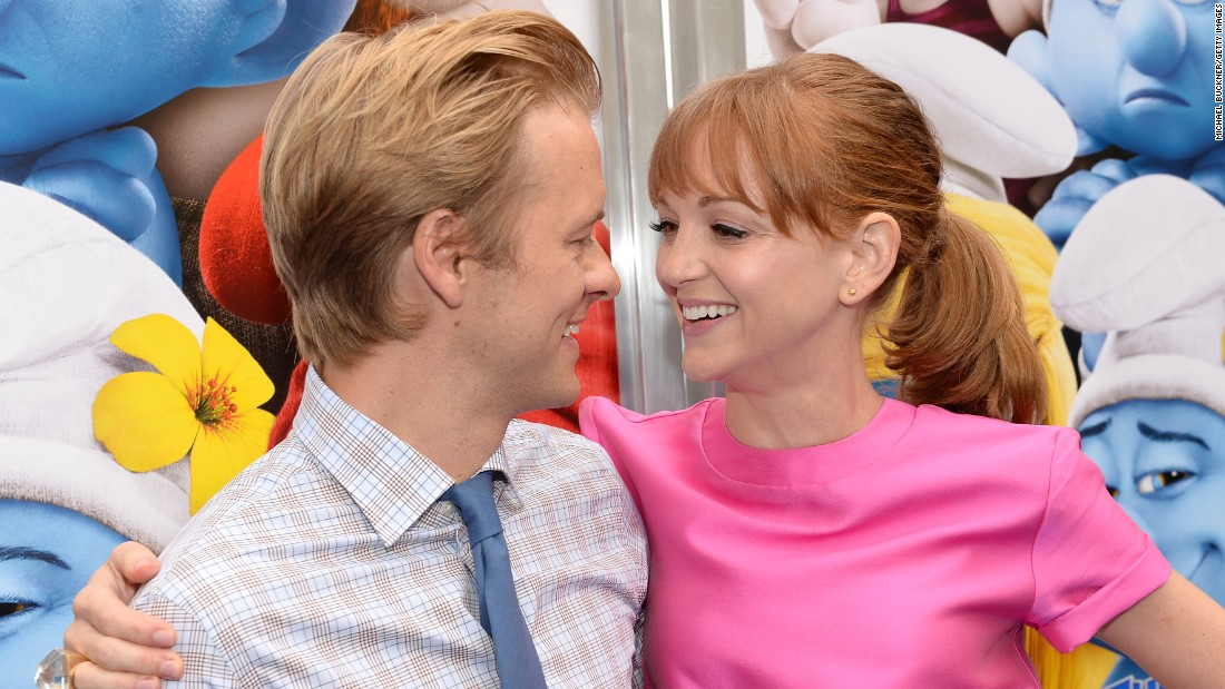 "Actors Adam Campbell and Jayma Mays are expecting their first child, <a href=""http://www.usmagazine.com/celebrity-moms/news/glees-jayma-mays-is-pregnant-with-her-first-child-w204316"" target=""_blank"">Us Weekly reported.</a> The couple married in 2007."