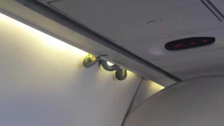 cnnee vo una vibora en un avion de aeromexico _00000000