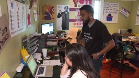 cnnee donut alvarado millenials motivan otros jovenes voto latino california_00021518
