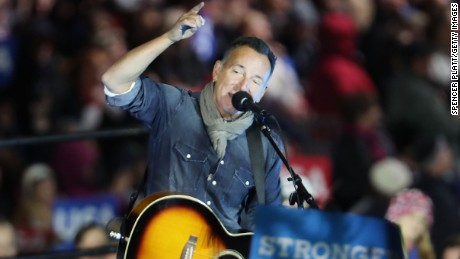 PITTSBURGH, PA - NOVEMBER 07:  Musician Bruce Springsteen performs at an election eve rally for Democratic presidential nominee former Secretary of State Hillary Clinton on November 7, 2016 in Philadelphia, Pennsylvania. As the historic race for the presidency of the United States comes to a conclusion, both Clinton and her rival Donald Trump are making their last appearances before voting begins tomorrow.  (Photo by Spencer Platt/Getty Images)