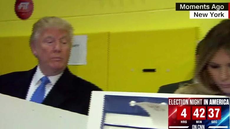 Donald Trump casts vote_00001414