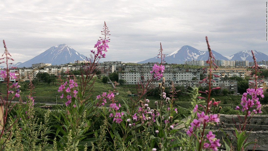 Both Rossiya Airlines and Aeroflot fly from Moscow to Petropavlovsk-Kamchatsky, a mountainous getaway on the Pacific coast of Russia. The flight takes 8.5 hours and is the longest domestic flight over continuous territory.