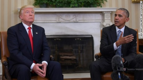 US President Barack Obama meets with Republican President-elect Donald Trump on transition planning in the Oval Office at the White House on November 10, 2016 in Washington,DC.  / AFP / JIM WATSON        (Photo credit should read JIM WATSON/AFP/Getty Images)