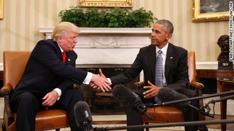 Obama welcomes Trump to White House