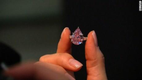 cnnee cafe vo diamantes rosados subastas _00003722