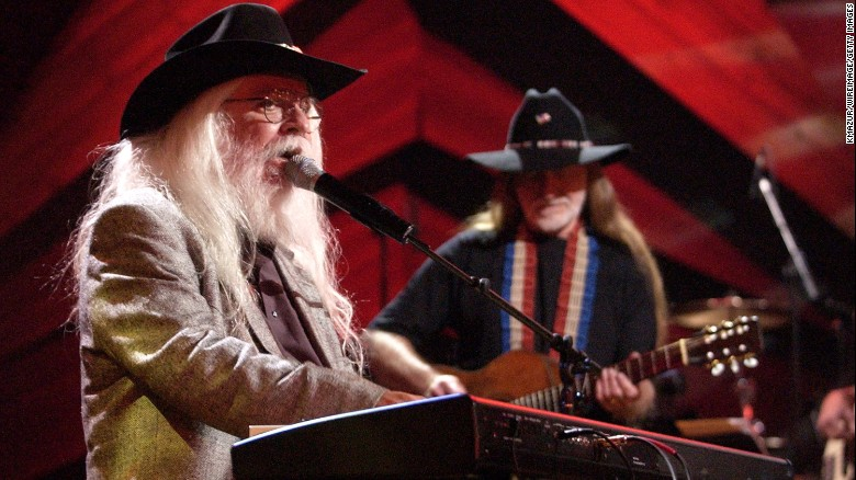 Leon Russell, left, performs with friend Willie Nelson in 2003.