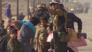 Civilians caught in crossfire trying to flee Mosul