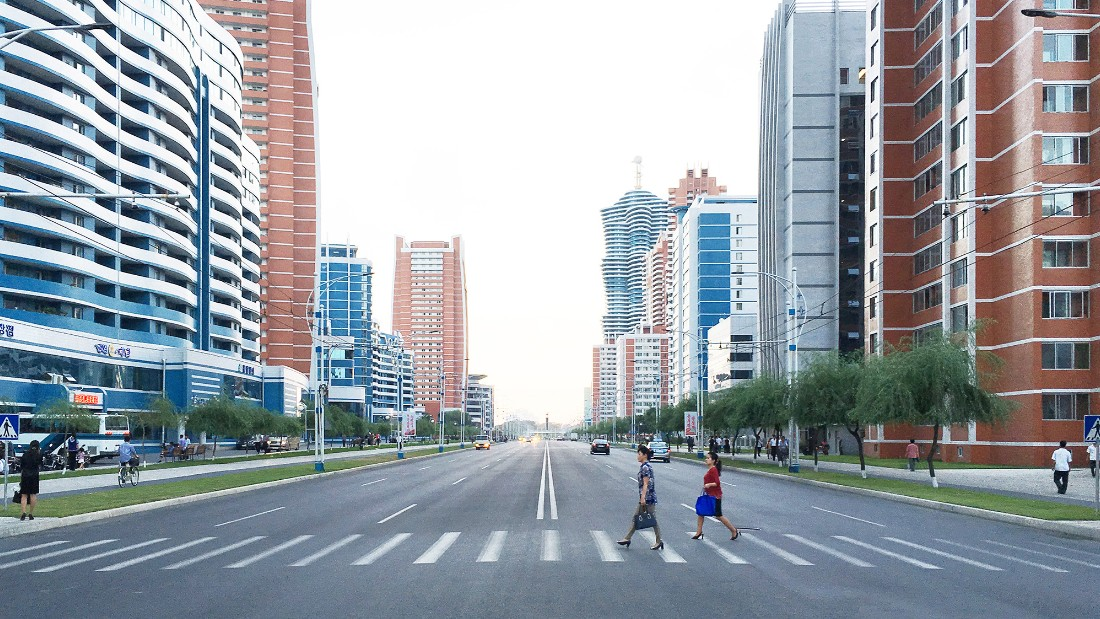 One of the most recent residential developments in Pyongyang, Mirae Scientists street was completed in late 2015. The street features a collection of buildings with different exterior forms, facades and colors.