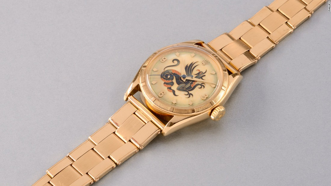 This unique yellow gold wristwatch with a cloisonné enamel dial depicting a dragon sold for $676,700 (CHF 670,000).