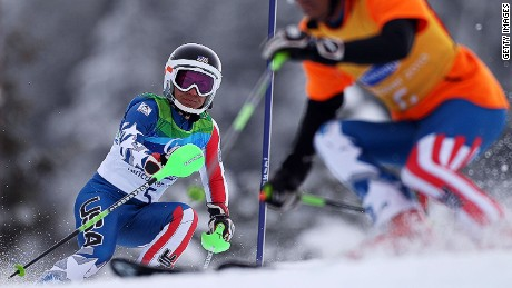 Hurtling through the dark: Blind skier races up to 70 mph