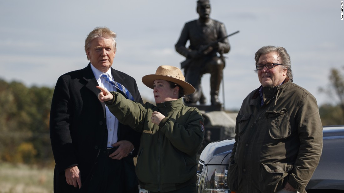 Park ranger Caitlin Kostic gives a tour to Trump and Bannon at Gettysburg National Military Park in Gettysburg, Pennsylvania, on October 22.
