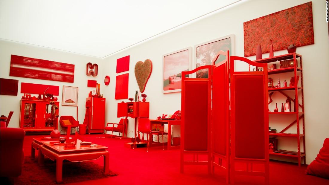 """Cildo Meireles' """"Red Shift,"""" or """"Desvio para o Vermelho: Impregnação, Entorno, Desvio,"""" 1967-1984, includes three interlinked environments: Impregnation, Surroundings and Shift."""