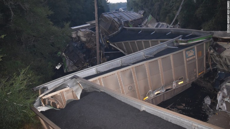 Trains derail in central Florida