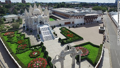 Neasden Temple: 40 minutes from Oxford Circus. (Nearest station: Harlesden / Bus: 206/224)