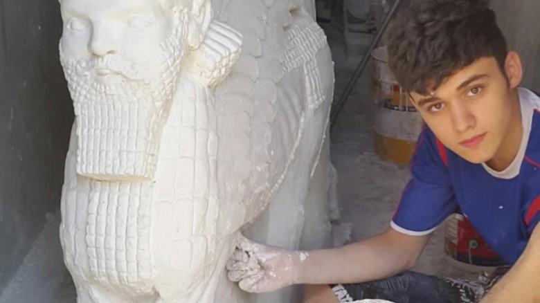 teen sculpts Nimrud artifacts ISIS destroyed orig_00004215
