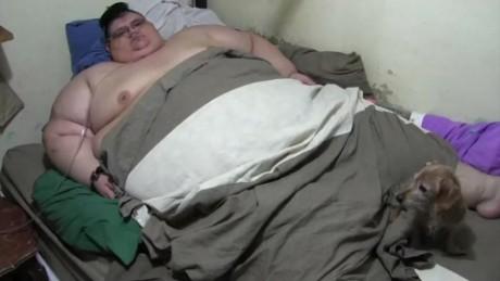 cnnee pkg digital el hombre que pesa 500 kilos _00000000