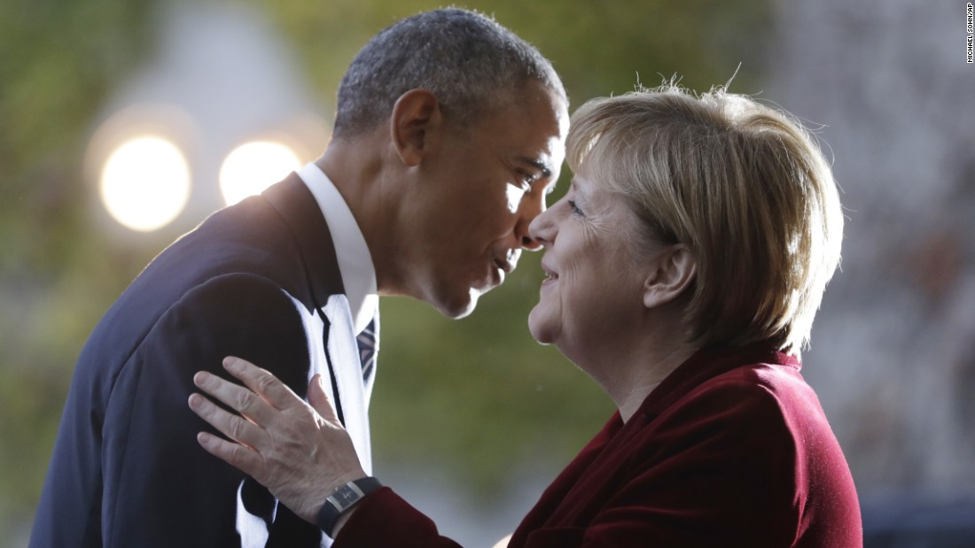 Merkel welcomes Obama before a meeting in Berlin on Thursday, November 17.