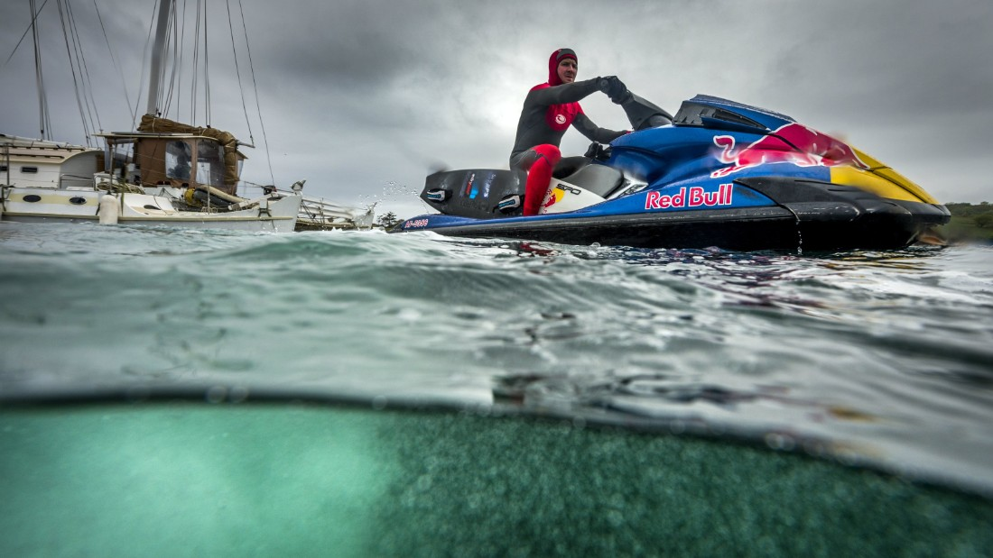 Jet skis are often essential when trying to catch big waves, and Cotton took McNamara onto his 2013 effort.