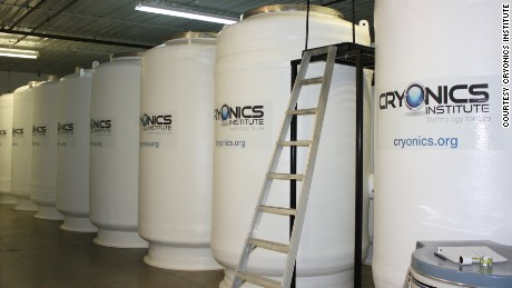 UK teenager wins battle to have body cryogenically frozen