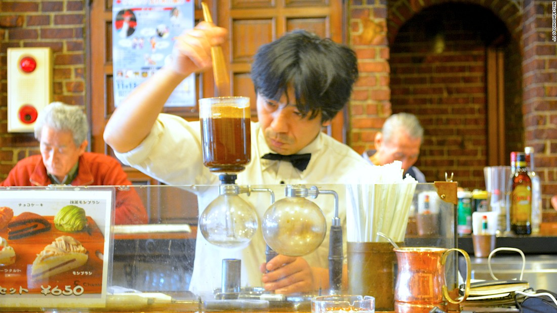 Presiding over the kissaten is a master, usually outfitted in a white shirt, sometimes with a bow tie. The techniques for brewing coffee used by the older masters, especially siphon and pour-over coffee, are embraced by the younger generation as well.