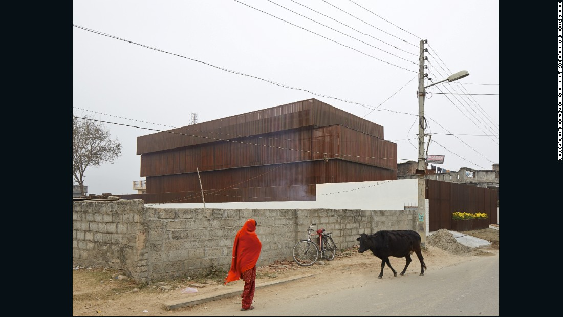 "This picture of the Lattice House, located on the outskirts of Jammu city in India, was taken by British photographer <a href=""http://www.edmundsumner.co.uk/site/small.php"" target=""_blank"">Edmund summer</a>. The facade of the building was designed to endure in the region's extremely hot and dry climate."