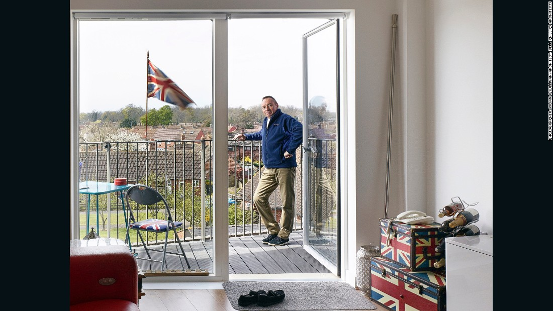 "British photographer <a href=""https://twitter.com/kilianosullivan"" target=""_blank"">Kilian O'Sullivan</a> captured this candid photo of a resident in Bruyn's Court, in Essex, England, on the Queen's birthday. ""We considered factors such as composition, light, scale, atmosphere, sense of place, as well as the narrative -- did the images help us understand the building?"" says Booth of the judging process."