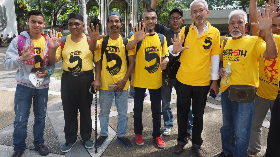 Thousands Protest In Malaysia, Call For PM To Step Down