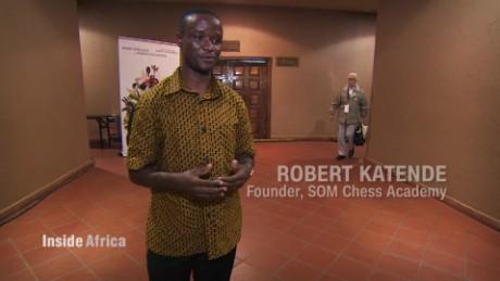 inside africa uganda chess c_00015824