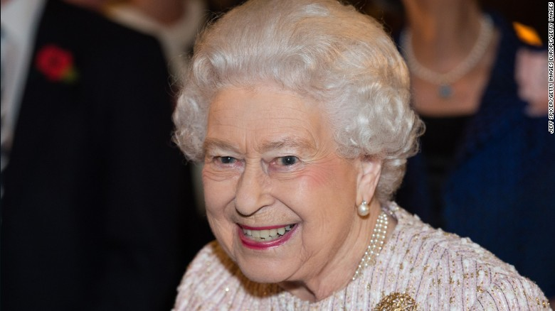 Queen falls ill, cancels travel plans