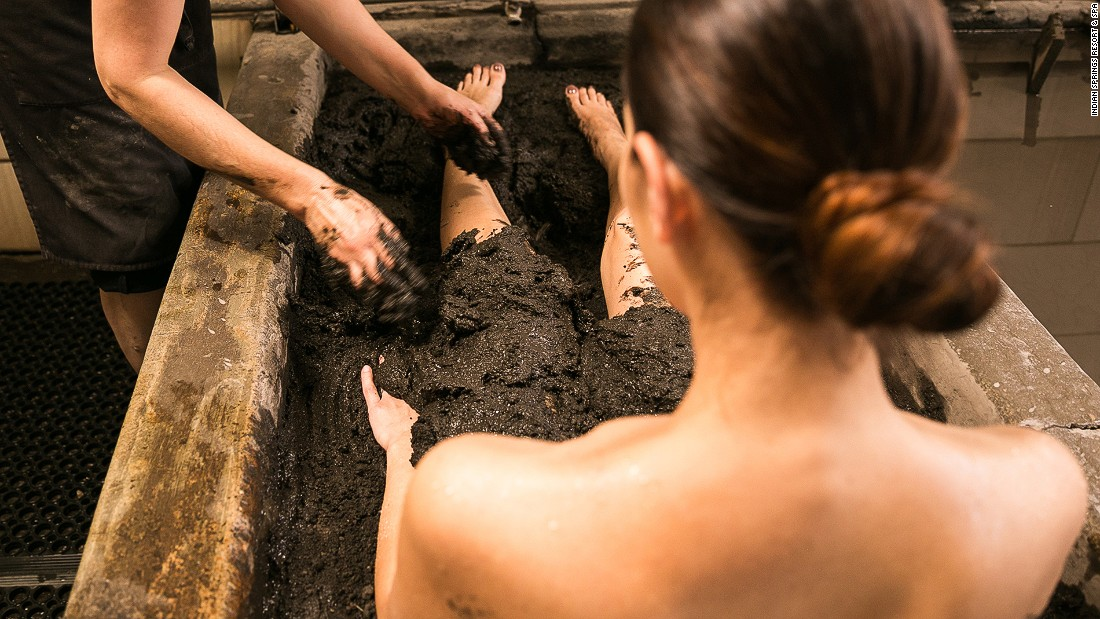 Thanks to its volcanic soil and geothermal springs, Calistoga in California has been a wellness destination since the 1800s. Mud baths are still enjoyed today to soften and exfoliate the skin.