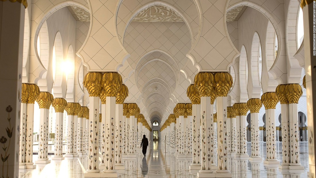 "The white marble covered Sheikh Zayed Grand Mosque -- featuring 82  domes -- is one of the most stunning landmarks in Abu Dhabi. Michelle Karam, from <a href=""http://traveljunkiediary.com/"" target=""_blank"">Travel Junkie Diary</a>, says a dinner at the <a href=""http://www.ritzcarlton.com/en/hotels/uae/abu-dhabi"" target=""_blank"">Ritz-Carlton Abu Dhabi</a> offers great views of the mosque."